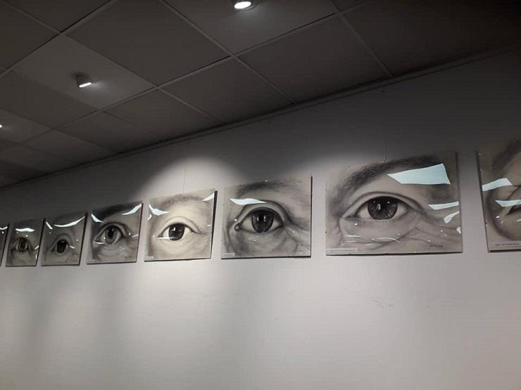 Monika Leonhardt Ausstellung Augenblicke Kunst für den guten Zweck Augen Kunst in Frankfurt