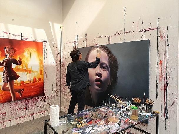 Gottfried Helnwein Ausstellung Kunst Geuer Düsseldorf