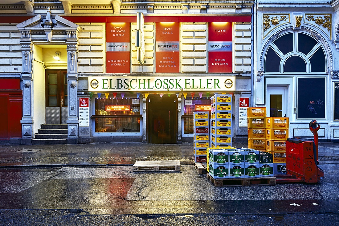 Elbschlosskeller Hamburger Berg CP Krenkler Elbschloss keller foto fotokunst kiezkunst hamburg der keller buy buy st.pauli