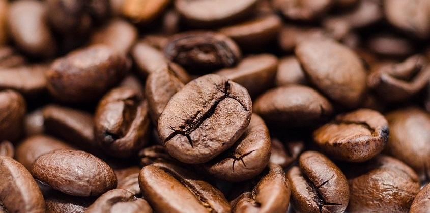 kaffeekunst kunst aus kaffee marcel wagner kaffee maler kaffee kunstwerke wagner junge kunst online galerie erfahrung arttrado